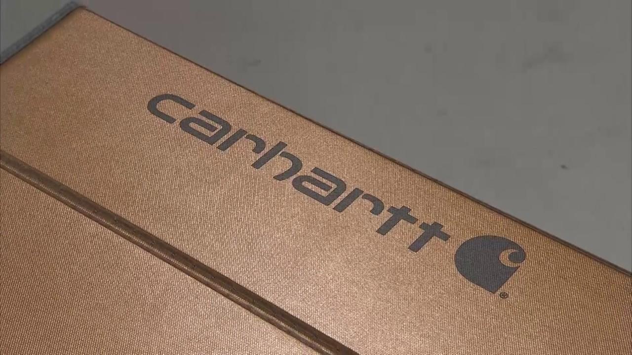 All Girls Garage Reviews the Carhartt UVS100 Custom Sunscreen - YouTube 495baf87a61