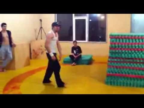 Azerbaijan Parkour Club - Mikrobdan Salto Dersi #respect