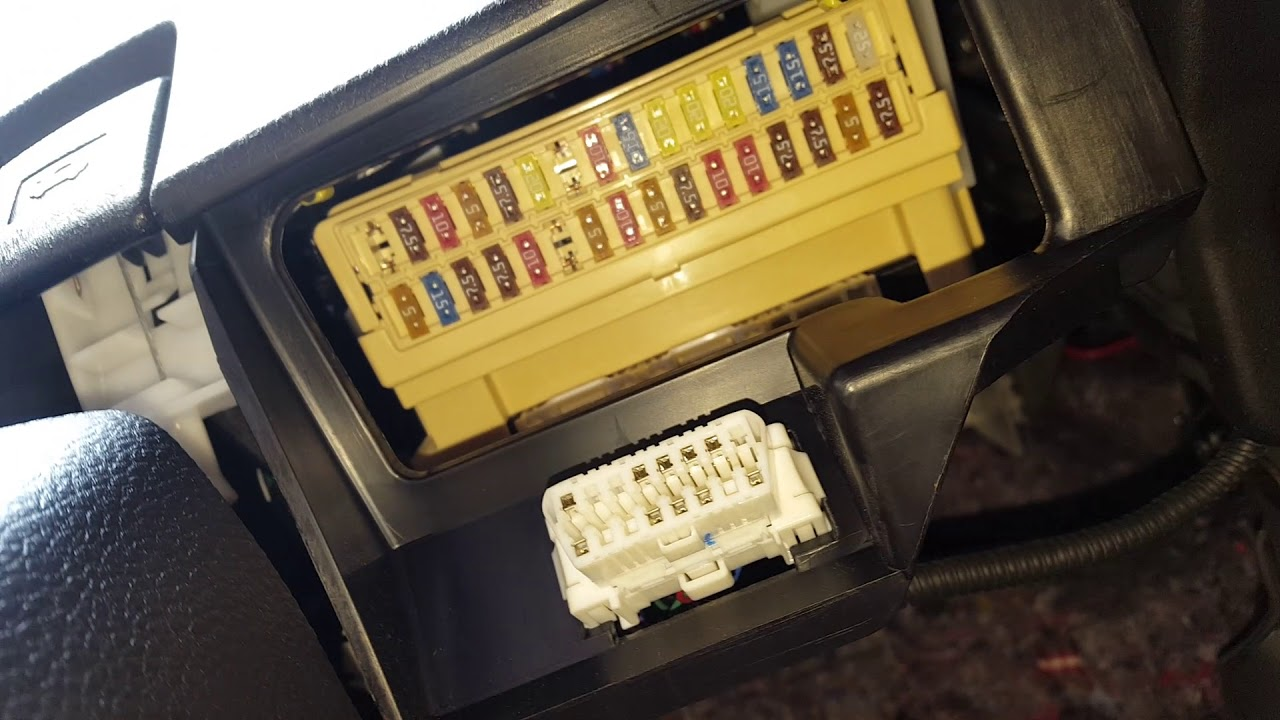 small resolution of 2014 rav4 cigarette lighter fuse
