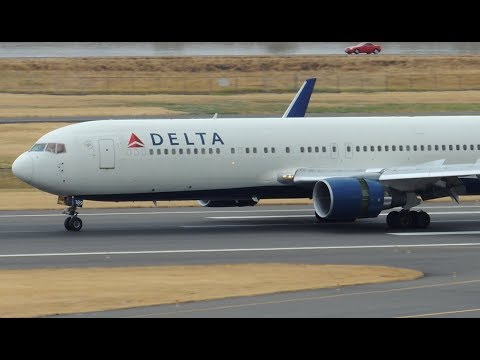 Delta Airlines Boeing 767-300ER [N189DN] landing in PDX