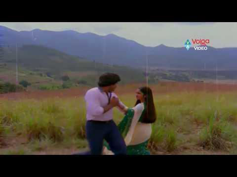 Abhilasha Songs - Urakalai Godavari - Chiranjeevi, Radhika Sarathkumar