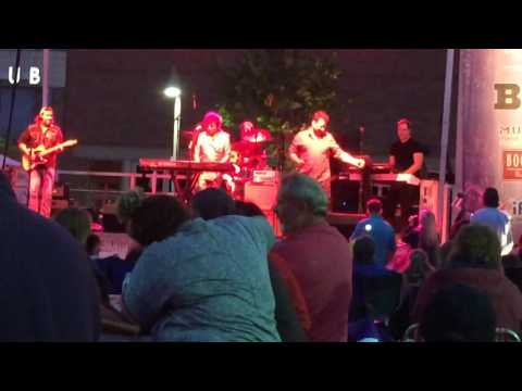 Pride of Lion feat. Jim Peterik live from MB Financial Park 2015