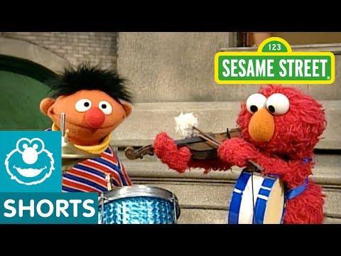 Sesame Street: Elmo and Ernie's Band