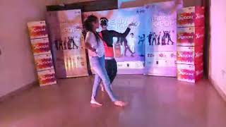 Dance on K-pop song by Shreya Mudgal and Pragati Srivastava