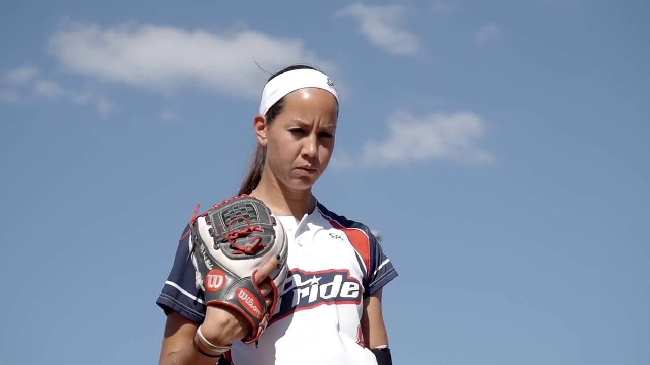 USA beats Italy 2-0 in Olympic softball with brilliant Cat Osterman