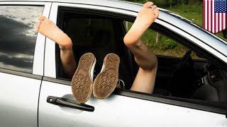 pasangan telanjang dalam mobil karena 'suasana hati' - Tomonews