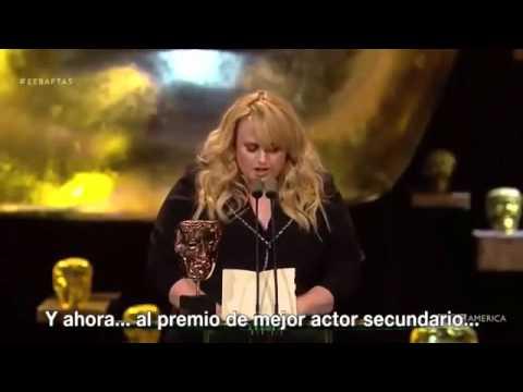 Rebel Wilson at the BAFTA 2016 (Subtitulado en Español)