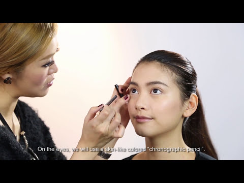 "YDC 2015 x M.A.C. Makeup Demo ""Pared-back Beauty"""