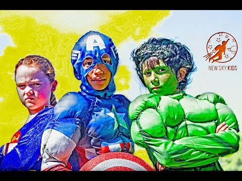 Little Superheroes 1 - The Teamwork Mission with Captain America, The Incredible Hulk and Supergirl