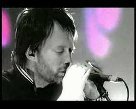Radiohead - Nude (Live on Jonathan Ross Show) High Quality