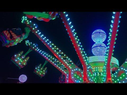 Disco Jumper XXL - Van Raay (Offride) Video Wintertraum am Alexa Berlin [NEU 2017]