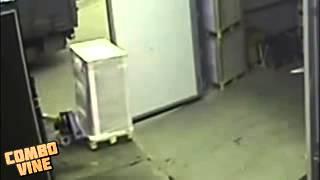 Grosse chute avec un transpalette