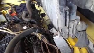 Renault bo'yicha radiatorga almashtirish 1,5 DCI Kengo. 1-qism - eski olishdan.