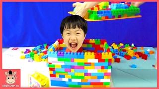 메가블럭 1000개 귀여운 아기 대형 거대 집 만들기 도전 ♡ 블럭 장난감 놀이 ! 장난감 친구들 놀러와 어린이 인형놀이 mega block | 말이야와아이들 MariAndKids