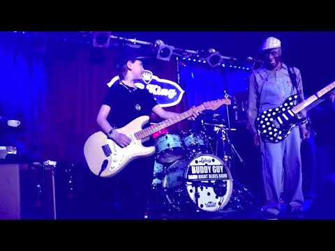 8-year-old plays guitar with Buddy Guy at B.B. King's