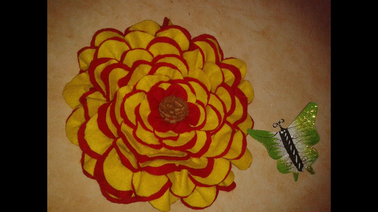 Flor de fieltro decorativa viyoutube - Decorar cojines con fieltro ...