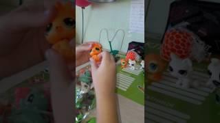 Розпакування 30 іграшок Littlest Pet Shop