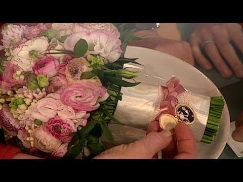 Wedding Traditions - Martha Stewart Weddings