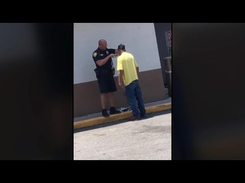 Florida police officer helps homeless man with a shave
