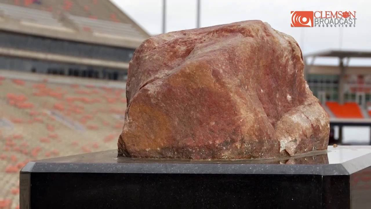 Clemson Football The Story Of Howard S Rock Youtube Featuring some of the greatest college quarterbacks of all time, the best clemson qbs include charlie whitehurst and cullen harper and former clemson stars. clemson football the story of howard s rock