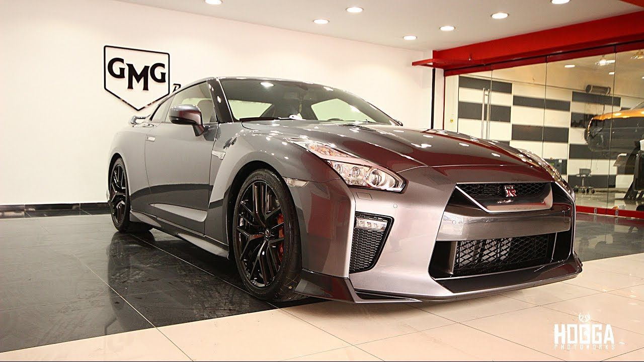 Gmg garage professional car wrapping skyline r35 youtube for Garage happy car