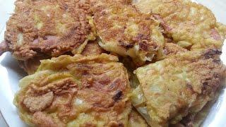 Жаренная капуста с начинкой в кляре / Cabbage envelopes stuffed fried in batter.