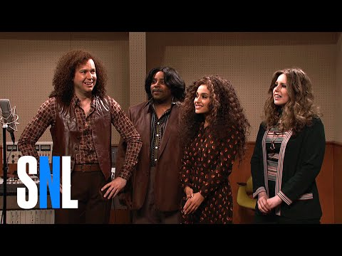 Thumbnail: Cut for Time: New Studio (Ariana Grande) - SNL