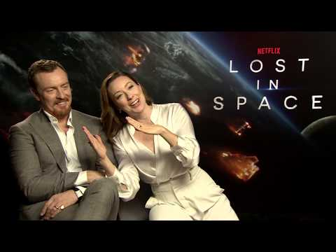 LOST IN SPACE s Toby Stephens  Molly Parker NETFLIX  Making Of Story  Filmset