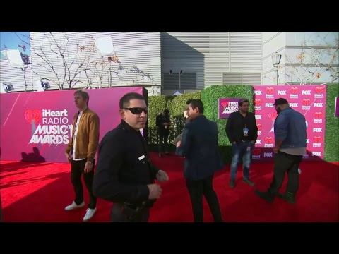 FNN:  IHeartRadio Music Awards Red Carpet