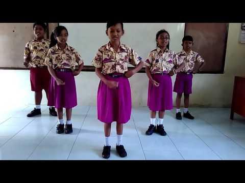 Gerak dan Lagu : Guruku Tersayang (1)