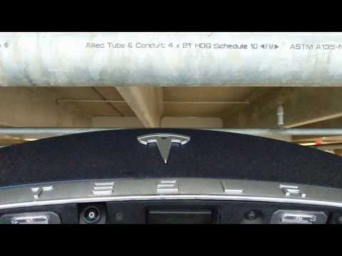 TESLA Model S trunk opens up apparently WITHOUT a sensor