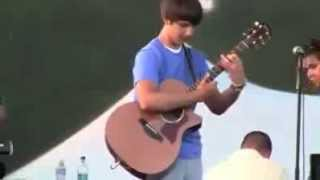 Guitar teen play awesome riff.