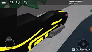 Landon and zeppelin play roblox,the car crash