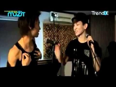 "JongKey 종키 moment # 44 - ""Hot"""