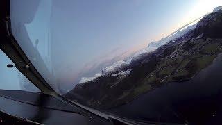Widerøe Dash 8-100 short field landing at Ørsta-Volda Airport, Norway