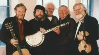 Watch Dubliners Step It Out Mary video