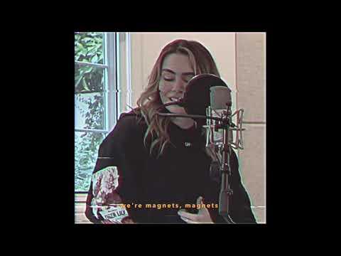 Смотреть клип Sam Feldt - Magnets Feat. Sophie Simmons
