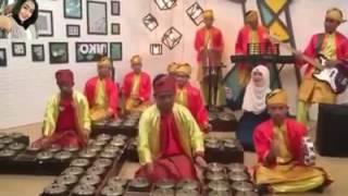 Despacito Gamelan Version Alat Musik Tradisional