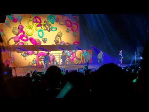 170319 SHINEE WORLD V TORONTO HELLO