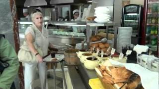 Обед в столовой №57 в универмаге ГУМ на Красной площади