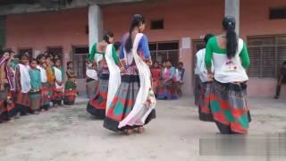 Dj mix hindi song #tharu girls dance