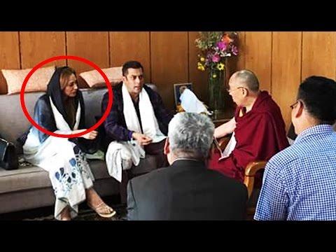 Salman Khan With Girlfriend Iulia Takes Blessings From Dalai Lama | Tubelight | Leh Ladakh