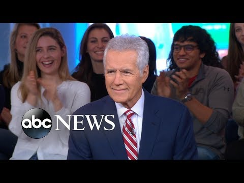 Legendary 'Jeopardy' host dishes on the 35th season l GMA