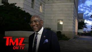 Rep Gregory Meeks, Kamala Harris Serve Great Food at Congressional Black Caucus | TMZ TV