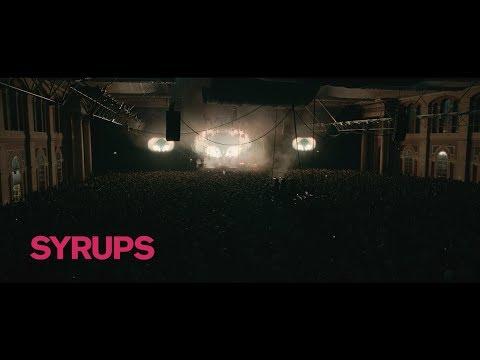 Смотреть клип Foals - Syrups