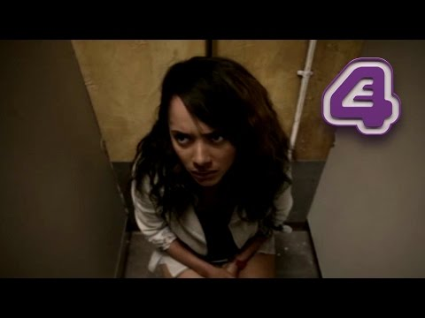 Misfits  Don't Give Jess Your Phone Whilst She's On The Toilet