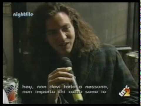 Eddie Vedder & Mike McCready Interview (Milán 18/02/1992)