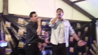 Andy & Lucas - Aquí sigo yo, firma discos Málaga (21-3-2014)