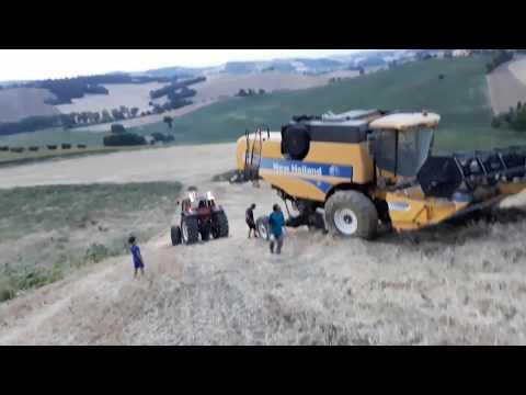 Mietitrebbia sprofondata - NH csx 7050 hillside