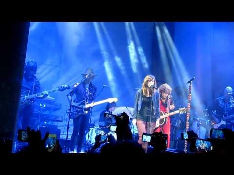 Bunbury - Frente a frente featuring Miren Iza (12-01-12 NY)